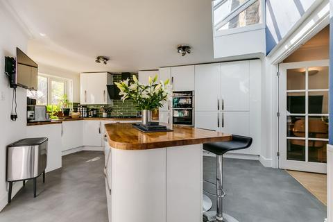 3 bedroom semi-detached house for sale - Richmond Road, Staines-upon-Thames