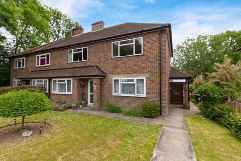 2 bedroom apartment for sale - Farm Road, Warlingham