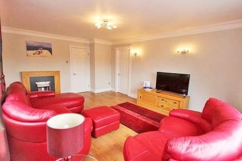 2 bedroom penthouse for sale - GROSVENOR CRESCENT, GRIMSBY