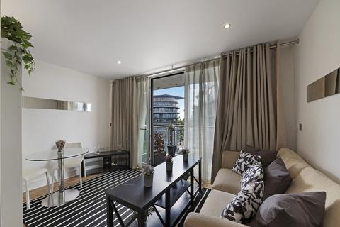 Studio to rent - Howard Building, Queenstown Road, SW11