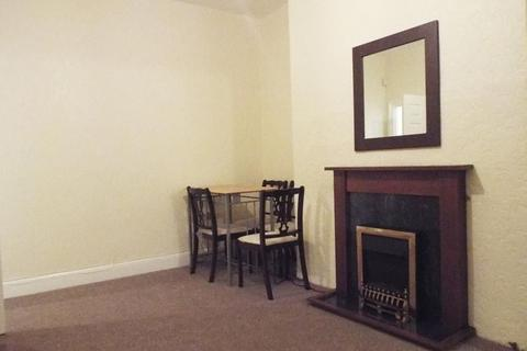2 bedroom flat to rent - Coatsworth Road, Gateshead
