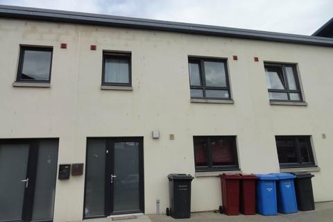 2 bedroom house to rent - 67 Bellfield Street, ,