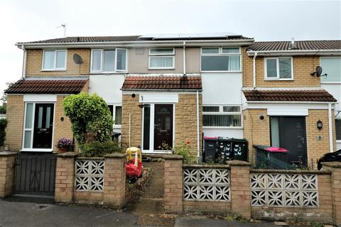 3 bedroom terraced house for sale - Manor Approach, Kimberworth, Rotherham