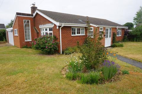 3 bedroom bungalow to rent - Firs Avenue, Uppingham