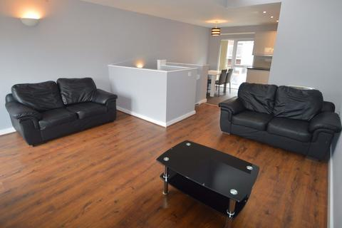 3 bedroom house to rent - Boston Street, Manchester