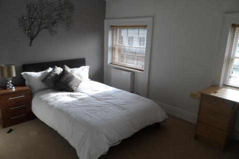 2 bedroom apartment to rent - 11 King Street, Newcastle Under Lyme ST5 1EH