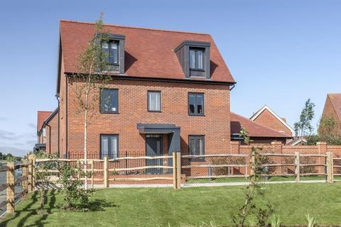 4 bedroom detached house for sale - Plot 36, Elm at Barratt Homes at Chilmington, Hedgers Way, Kingsnorth, ASHFORD TN23