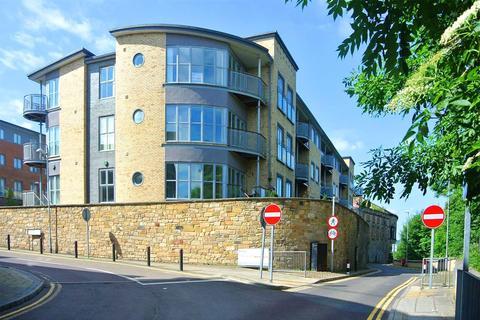 2 bedroom apartment for sale - Tranquil House, Worsdell Drive, Gateshead, NE8