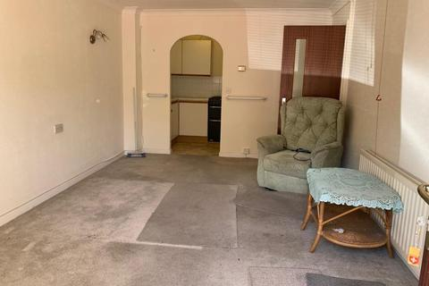 1 bedroom flat to rent - Homeview House, Seldown Road