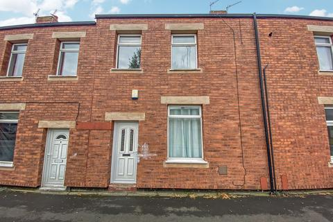 2 bedroom terraced house to rent - Pine Street, Stanley, Durham, DH9 7BD