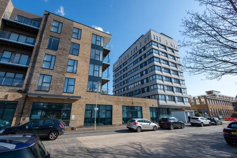 2 bedroom flat for sale - The Causeway , Worthing , West Sussex , BN12 6FA