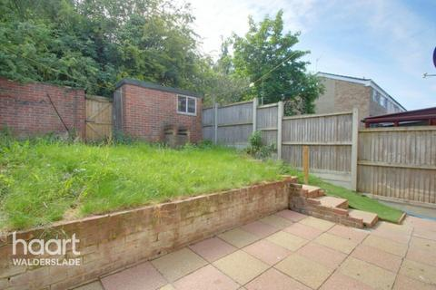 3 bedroom terraced house for sale - Churchill Avenue, Chatham