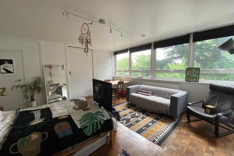 Studio to rent - Hilltop House, 117 Hornsey Lane, London, N6 5NW
