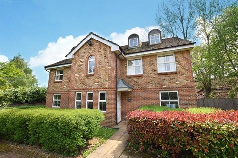 2 bedroom apartment to rent - Poplar Close, Broad Lane, Bracknell, Berkshire, RG12