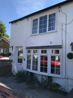 2 bedroom cottage to rent - 545 Manchester Road Rixton