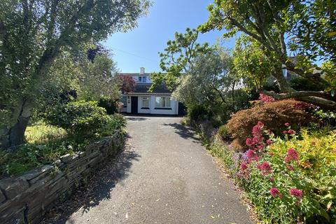 4 bedroom detached house for sale - Barbican Road, Looe