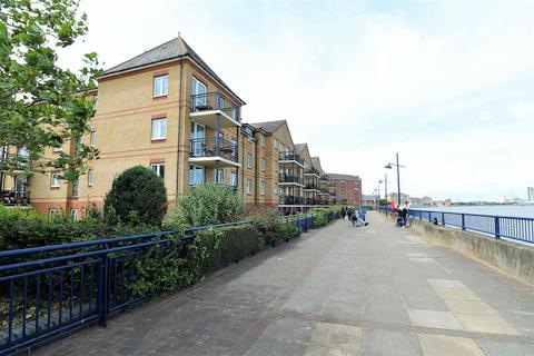 1 bedroom retirement property for sale - Wharfside Close, Erith