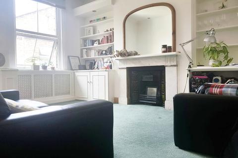 2 bedroom flat to rent - N16