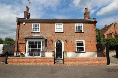 4 bedroom detached house to rent - Mill Road, Stock, Ingatestone, Essex, CM4