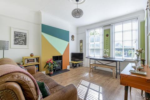 1 bedroom flat - Hillfield Avenue, Crouch End