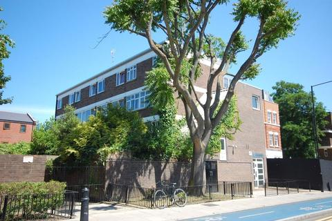 3 bedroom maisonette to rent - Cable Street, Limehouse, London E1W