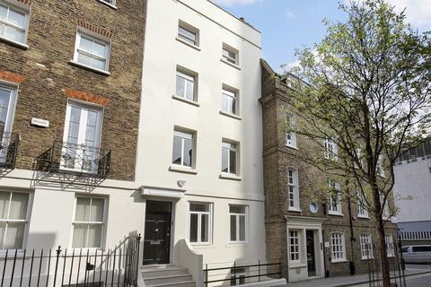 3 bedroom apartment to rent - Derby Street, London, W1J