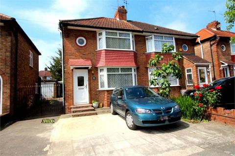 3 bedroom semi-detached house for sale - Orchard Grove, Edgware, Middlesex