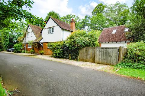 3 bedroom detached house for sale - Old House Court, Wexham, SL3
