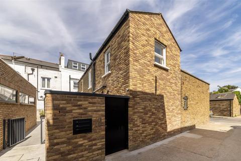 2 bedroom cottage for sale - Barnes High Street, London, SW13