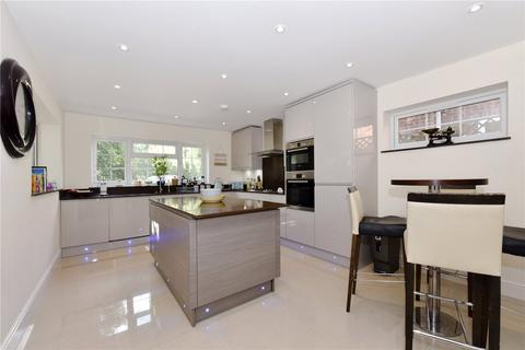 4 bedroom detached house to rent - Venetia Close, Emmer Green, Reading, RG4
