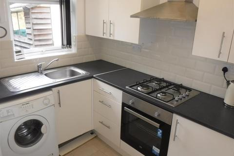 3 bedroom semi-detached house to rent - Westbury Road, Leicester