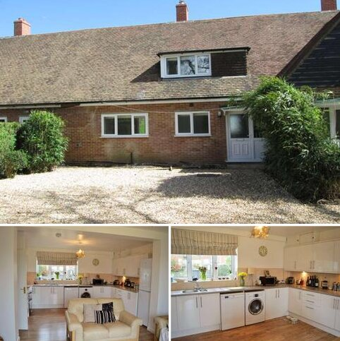 3 bedroom terraced house to rent - Botmoor Way, Chaddleworth