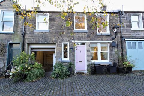 2 bedroom mews to rent - Carlton Terrace Mews, Calton Hill, Edinburgh, EH7 5DA