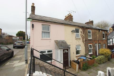 2 bedroom end of terrace house for sale - North Barrack Road, Deal, CT14