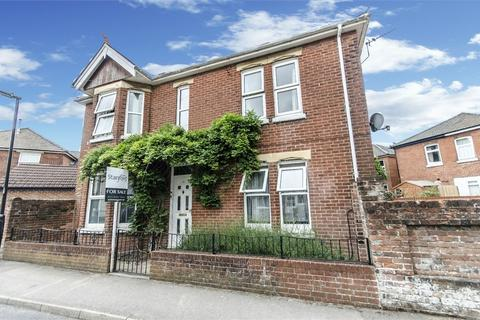3 bedroom detached house for sale - West Road, Woolston, Southampton, Hampshire