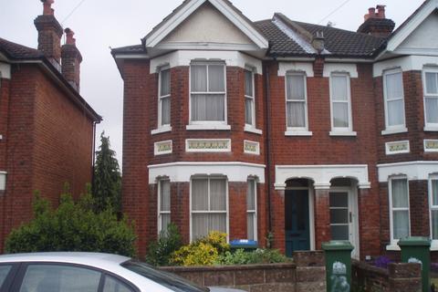 4 bedroom house to rent - Morris Road, Polygon, Southampton, SO15
