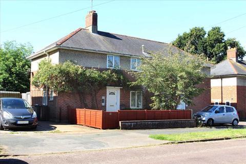 2 bedroom semi-detached house for sale - South Kinson Drive, Kinson, Bournemouth