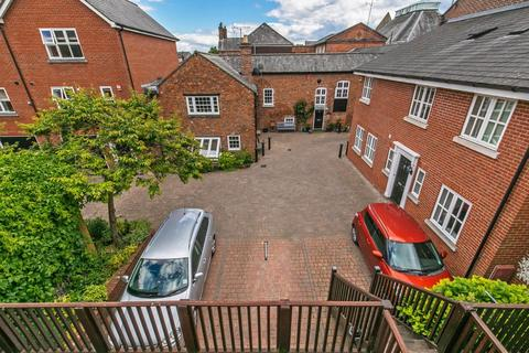 2 bedroom maisonette for sale - Staple Gardens, Winchester, SO23