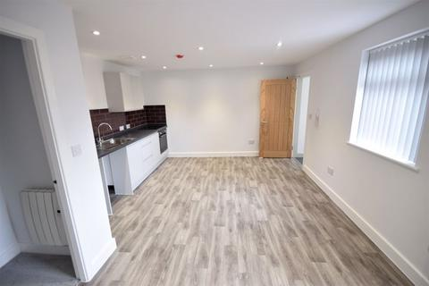 1 bedroom apartment to rent - Gillbent Road, Cheadle Hulme