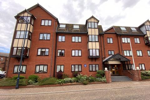 1 bedroom apartment for sale - Deneside, Great Yarmouth
