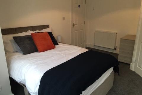 5 bedroom house share to rent - Stockport Road, Ashton Under Lyne,