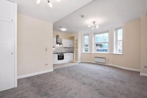 Studio to rent - Allitsen Road, St Johns Wood, NW8