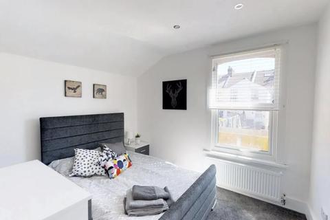 1 bedroom house share - Linden Road, Gillingham, Kent