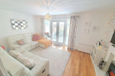 2 bedroom semi-detached house for sale - Darnell Place, Newcastle upon Tyne