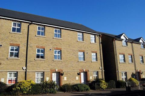 2 bedroom flat to rent - High Street, Berkhamsted