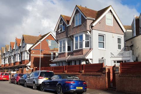 6 bedroom detached house for sale - Hampden Terrace, Latimer Road, Eastbourne BN22