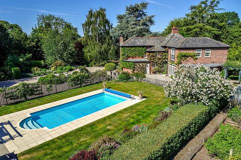 5 bedroom detached house for sale - Hammerton Lodge, Kirk Hammerton, Near Harrogate, North Yorkshire, YO26