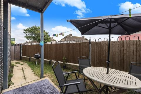 2 bedroom ground floor flat for sale - Portslade