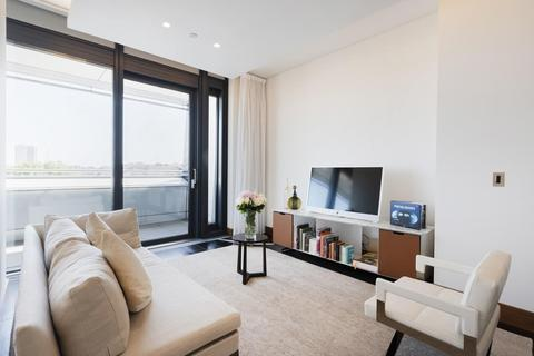 3 bedroom flat to rent - Park House Apartments, North Row, Mayfair, London, W1K