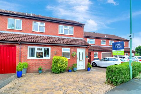 3 bedroom semi-detached house for sale - Shirley Road, Abbots Langley, Hertfordshire, WD5